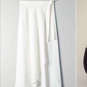 White Electra Sway tie wrap skirt linen